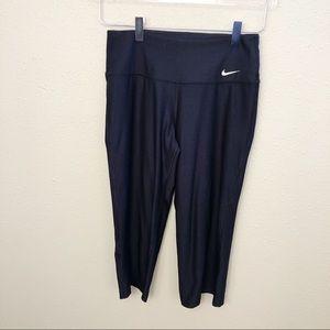 Nike Dri-Fit Black Capris Sz S